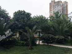 蓝光锦绣城二期小区