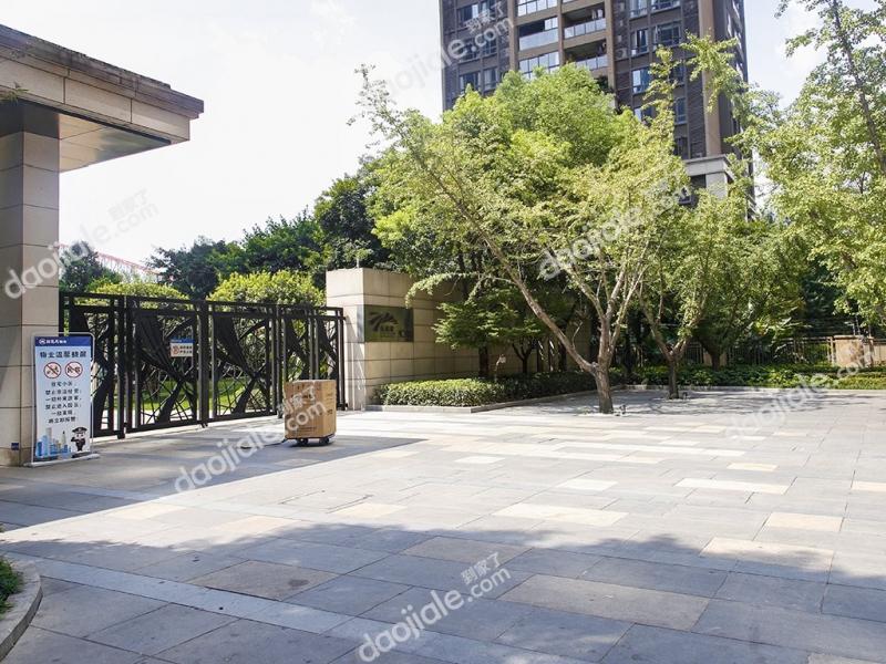 弹子石 长嘉汇一期三房1800元/月租房图片图