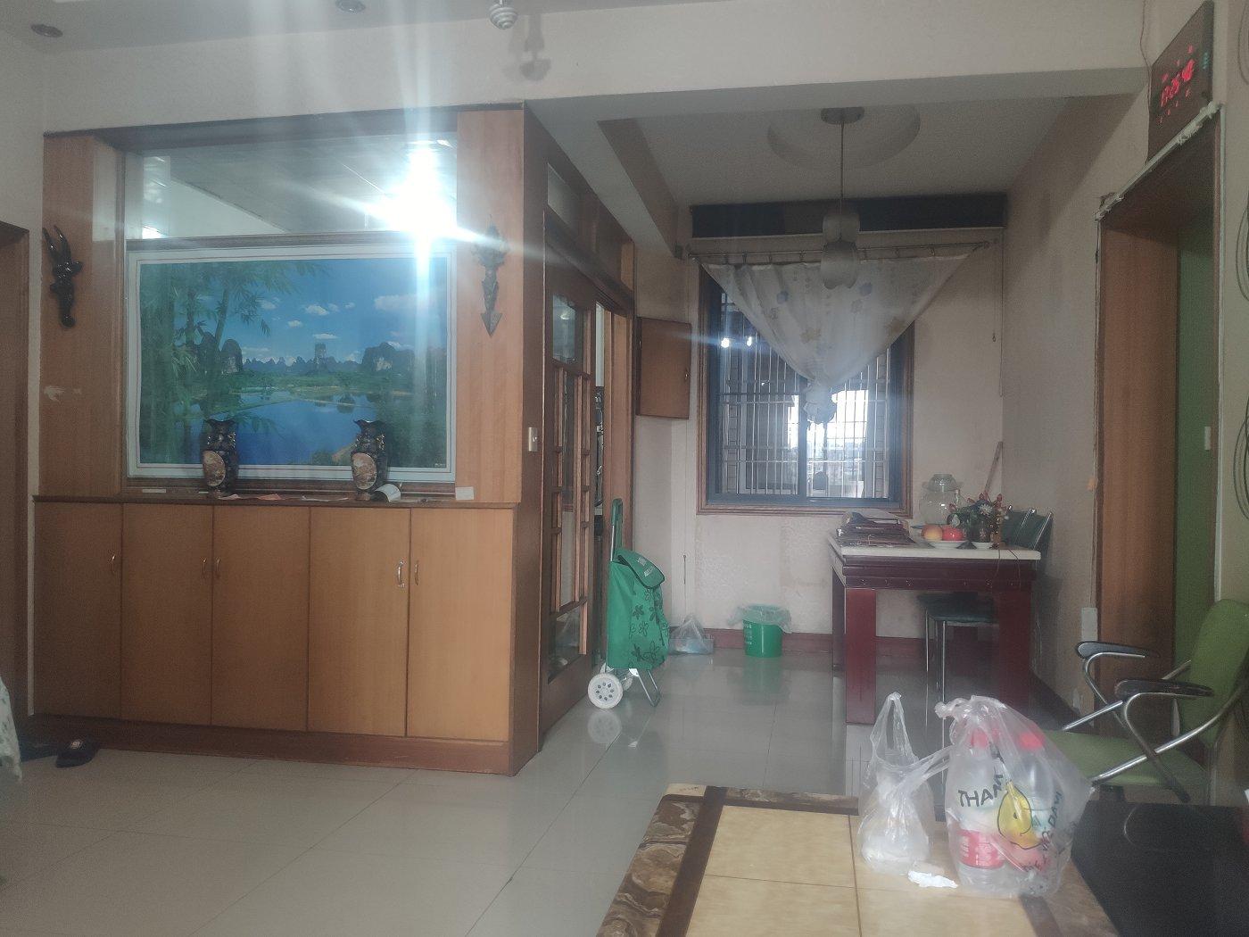 冉家坝 温馨家园两房95万二手房客厅图