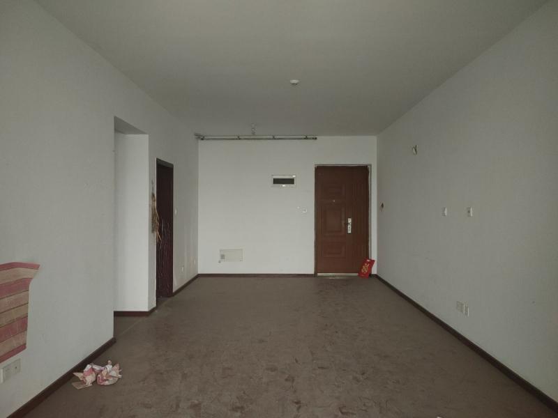 弹子石 长嘉汇一期两房300万二手房客厅图