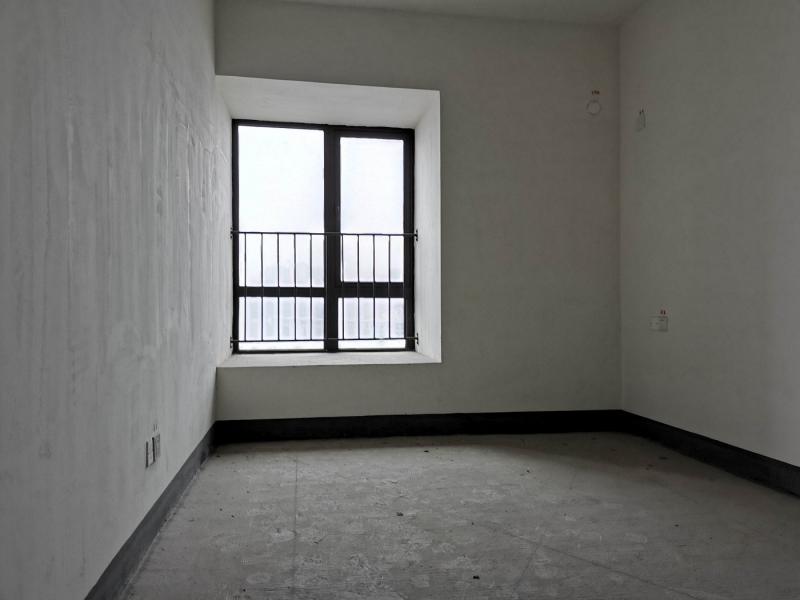 弹子石 长嘉汇一期三房288万二手房卧室图