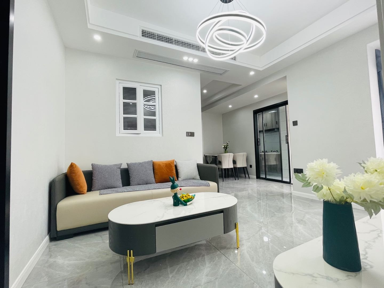 渝北区 渝复丽园2房87万二手房客厅图