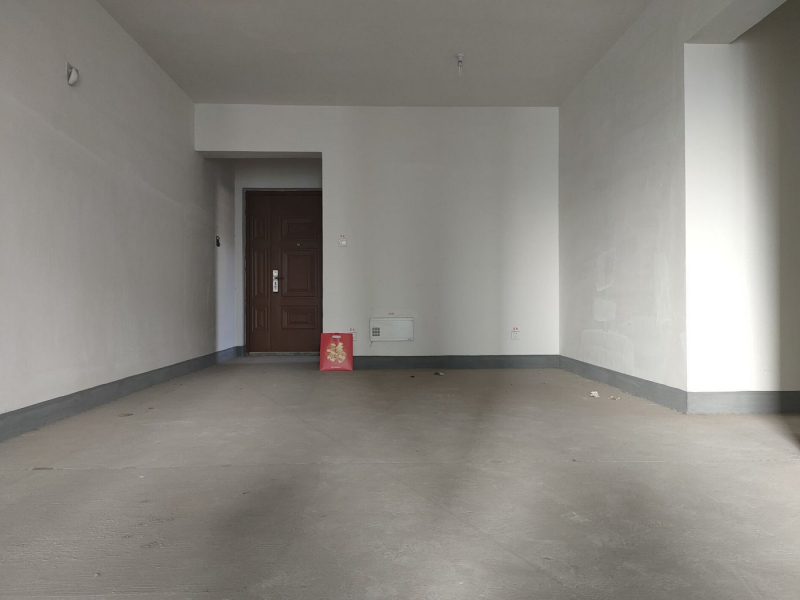 弹子石 长嘉汇一期四房380万租房客厅图